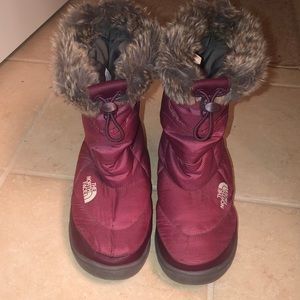 The north face women's fur snow boots